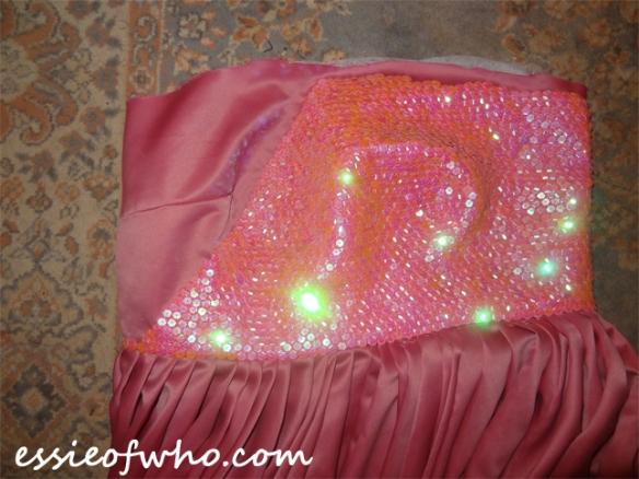 rose tyler idiots lantern dress bodice 2